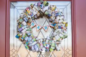 diy children s book page wreath easy adorable and inexpensive project for a children s