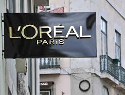 l oréal taps into augmented reality with makeup genius app