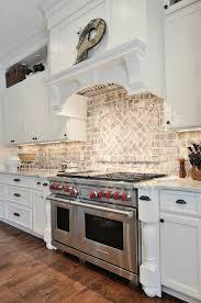 Kitchens With Backsplash