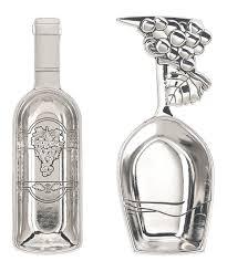 love this wine bottle glass cork holder set