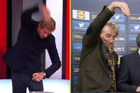Watch live games from the fa cup third round, plus classic action from the past. Peter Crouch Does His Best Rod Stewart Impression Before Handing Former Club Liverpool Tough Fa Cup Draw At Manchester United
