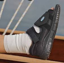 Medsurg Post Op Surgical Shoe Darco
