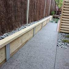 how to build a retaining wall home