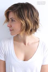 Short Razor Cut Hairstyles There Are Basically Two Ways To Achieve The Wavy Hair Look The
