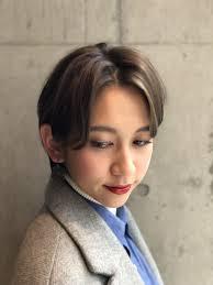 今流行りの長め前髪でハンサムなボブスタイル Imaii ショートカット