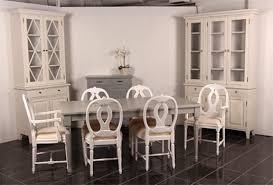 Kuvahaun tulos haulle kustavilaisuus huonekalut