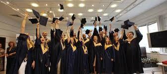 Защита диплома Готовимся вместе ВКонтакте  Идеальный доклад к диплому как защититься на отлично Молодой учёный