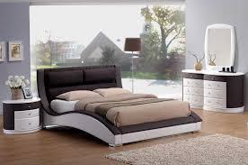 Christian Brown White Queen Bedroom Set