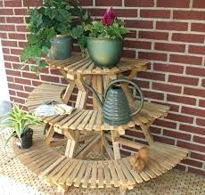 outdoor plant stand diy outdoor plant stand ideas best plant stand ideas on plant stands planter outdoor plant stand diy plant stand diy tiered