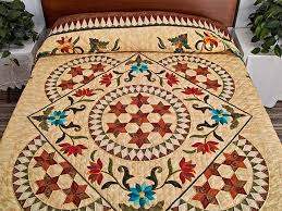 Prairie Star Quilt -- wonderful skillfully made Amish Quilts from ... & Prairie Star Appliqué Quilt Photo 1 ... Adamdwight.com