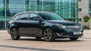 Vauxhall Insignia Sports Tourer Review | Top Gear