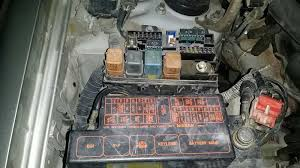 pcv valve and fuse box infiniti qx4 2000 model ericthecarguy 7 jpg