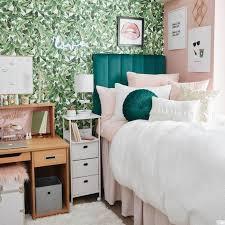 how to choose a dorm color scheme plus