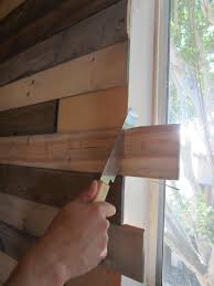 Pallet Wall Bathroom 19 Pallet Walls You Wont Believe Are Diy Idea Box By Catherine