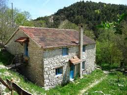 magnifique maison en pierrede 120m carré dans le plus beau coin de la drôme provençale et du diois