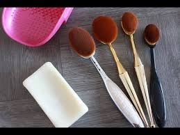 how i wash dry oval makeup brushes
