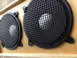 2x12 speaker cab with grills 2