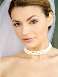 wedding makeup idea for a natural and clean look