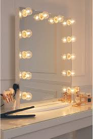 Where To Get A Vanity Mirror With Lights Hollywood Glow Vanity Mirror With Clear Bulbs Lullabellz