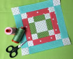 How to Make Quilted Pillow Covers: 6 Patterns to Try & A finished bonus block Adamdwight.com
