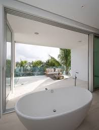Glass Filled Biscayne Bay House by STRANG Architecture ...