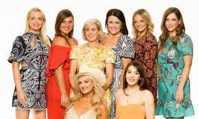 Farmer wants a wife returns to seven on sunday with natalie gruzlewski in her 10th season as host. Farmer Wants A Wife 2020 Meet The Female Contestants Looking For Love Kidspot