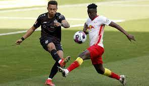 Rb leipzig are 1.92 at 22bet for the win with stuttgart 5.7 and the draw 2.64. Rb Leipzig Vs Vfb Stuttgart Das 2 0 Im Liveticker Zum Nachlesen