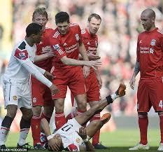 Manchester United fury at Nani injury   yans18