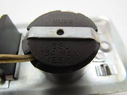 buss fustat ssu fuse holder switch for 2 1 4 wide handy box buss fustat ssu fuse holder