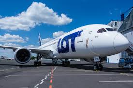 a lot employee borrowed money from pengers for dreamliner parts in order for their flight to depart