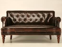 Antique Leather Sofa Via Stylehive Antique Leather Sofa79
