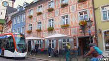 Azulejos: <b>Portugal</b>′s traditional <b>tile</b> art | Euromaxx - Lifestyle in ...