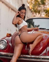 Selected Beauties Eva Quiala