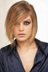 Originálne účesy Pre Stredne Dlhé Vlasy Pre Oválnu Tvár Fotografia 50