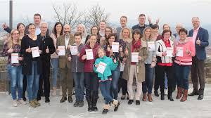 tegut… ehrt 29 Sportabzeichen-Träger im Kloster Frauenberg | tegut...