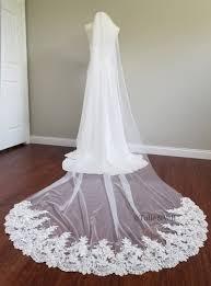 Unbranded Ivory Long Single Tier Lace Bridal Veil - Tradesy