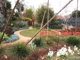 Small Picture Garden Travel Guide Melbourne Mornington Macedon Dandenongs