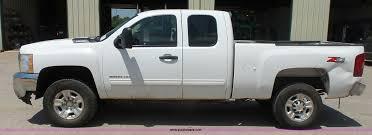 2010 Chevrolet Silverado 2500HD LT Z71 Ext. Cab pickup truck...