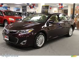 2013 Toyota Avalon Hybrid XLE in Sizzling Crimson Mica photo #3 ...