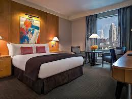SUPERIOR ROOM - 1 Queen Bed, Floors 15-29.