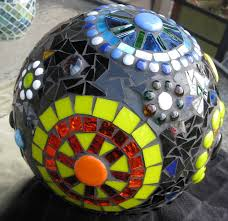 Decorated Bowling Balls 100 best Garden Art with Bowling Balls images on Pinterest 85