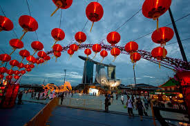 With restaurants likely to be still operating with significantly reduced seating capacity and singapore marriott tang plaza hotel (新加坡万豪董厦酒) has a treasure trove of lunar new year celebratory delicacies, perfect for reunions and feastings. Lunar New Year 2021 In Singapore Dates