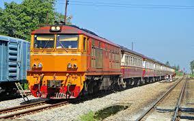 นักล่ารถไฟ - ขบวนรถธรรมดาที่ 255 ธนบุรี - หลังสวน...