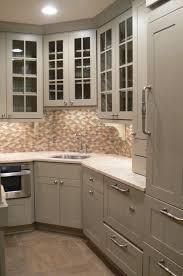 kitchen corner sink full