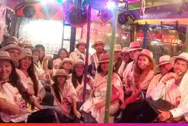 Resultado de imagen para dancing in bus