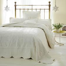 Freya Cream Quilted Bedspread   Online Shop &  Adamdwight.com