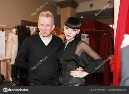 Designer The Singer Chinese Singer Momo Right Fashion Designer Jean Paul