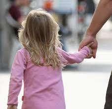 Trennungskinder Was Mit Kindern Passiert Wenn Der Vater Auszieht