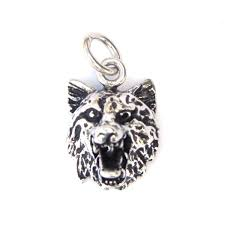 beautiful 3d wolf head pendant