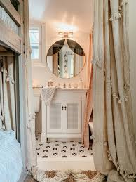 American Home Design Bathrooms Kindred Vintage American Standard Pretty Girls Bathroom